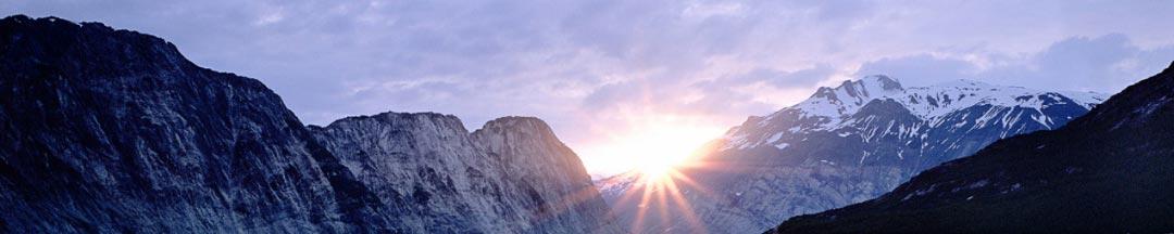 Иглоукалывание: Солнце встаёт на Востоке